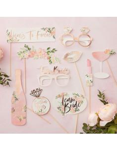 10-accessoires-photobooth-evjf-fleurs-bohèmes