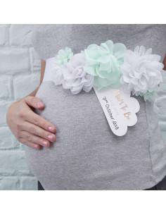 Ceinture fleurs vert menthe et blanches pour baby shower