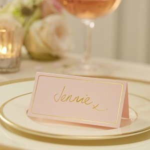 marque-place-baby-shower-rose-et-or