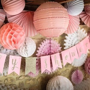 deco-baby-shower-theme-rose-pastel-et-or-guirlande-baby-shower