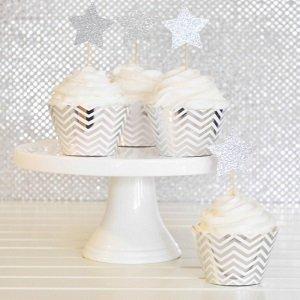 baby-shower-blanc-argent-deco-gateau