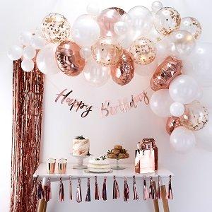 anniversaire-1-an-theme-fleurs-pastels-arche-ballon