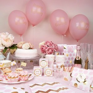 anniversaire-1-an-theme-rose-et-or-deco-table-ballons