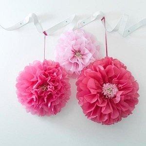 pompons-lampions-pompons-fleurs