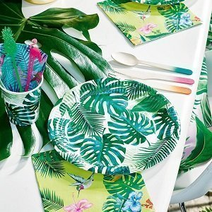 decoration-anniversaire-theme-tropical-vaisselle-jetable-feuilles-palmier