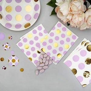 anniversaire-fille-theme-pastel-parme-et-dore-deco-de-table-pochettes-cadeaux-invites