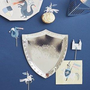 anniversaire-garcon-chevalier-et-dragon-deco-table