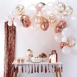 bapteme-rose-gold-arche-ballon-rose-gold